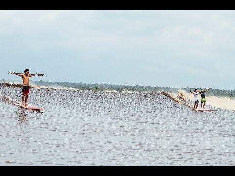 インドネシアの潮津波を追いかけたドキュメンタリー