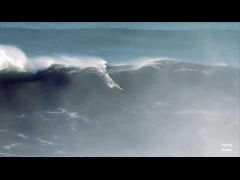 ギネス記録を超える108フィートの波に乗ったサーファー:ベンジャミン・サンチス