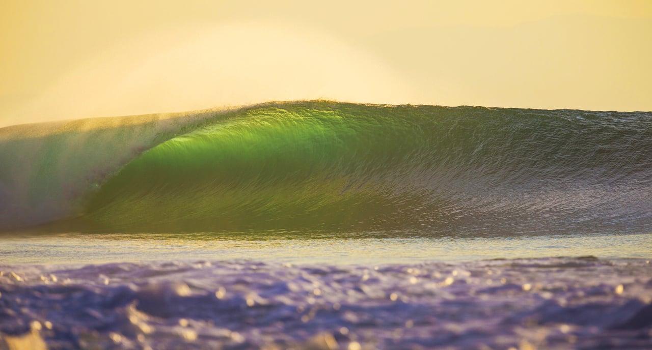 二ヶ月で9つの島を回ったインドネシアトリップ:アレックス&コア