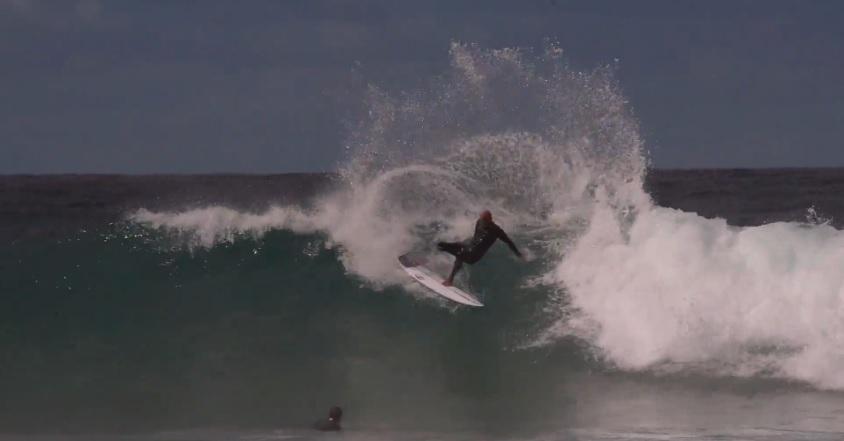 Kelly Slater shredding Winkipop