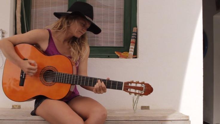 Leah Dawson canary
