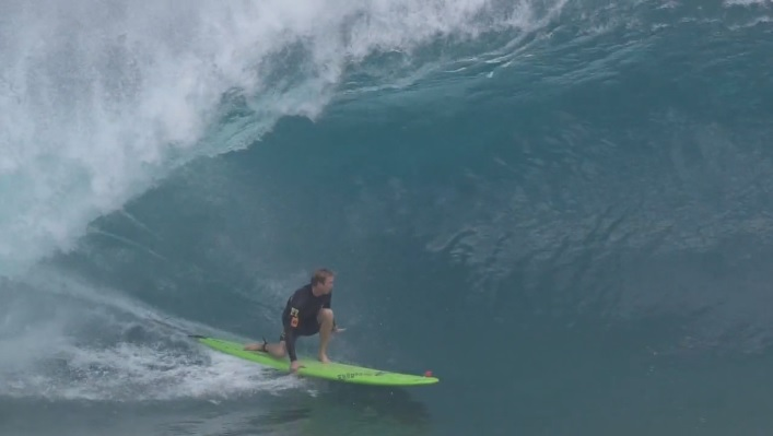 Jamie O'Brien charging Pipe with Catch Surf Log