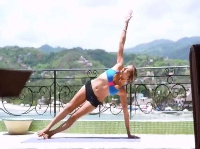 sideplank yoga