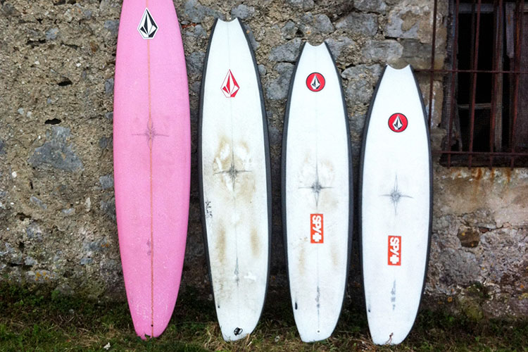 デッキ面 Photo: ryanburchsurfboards.com