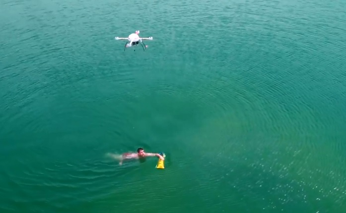 microdrones-water-rescue