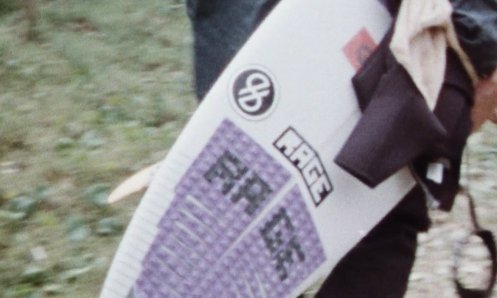 ノア・ディーンやクリード・マクタガートの新ブランド「RAGE」のプロモサーフ動画