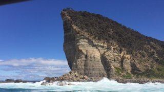 タスマニアのビッグウェイブスポット「シップスターン」の目印となる崖が崩落の危機に