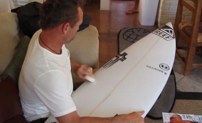 レジェンドスケーターがシェイプしたボードでテイラー・ノックスがフリーサーフ@メキシコ