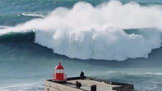 ウイメンズも登場する16/17年シーズン最大サイズとなったナザレ(ポルトガル)セッション