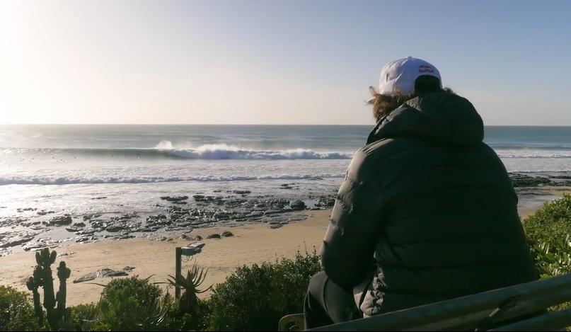 オフシーズンのJベイ(南アフリカ)も凄い!ジョーディ・スミスのフリーサーフ動画