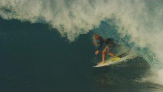 16/17年シーズンのシェーン・ドリアンによるハイパフォーマンスサーフ@ハワイ