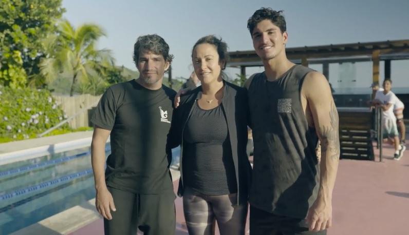 ガブリエル・メディナがホームに設立したトレーニング施設を自ら紹介するツアー動画