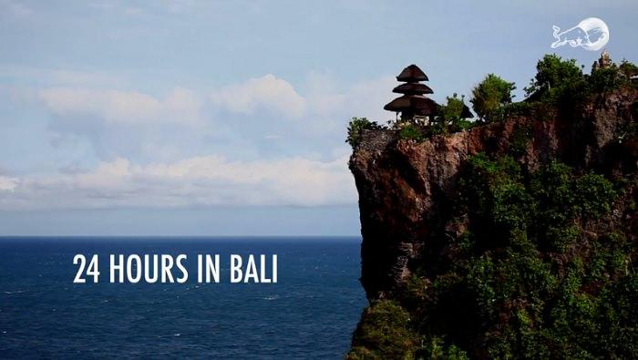 ライトもレフトも見事なバレル!2017年シーズン中のバリ島(インドネシア)セッション動画