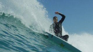 オーストラリアの東海岸から西海岸まで!ミッチ・クルーズのフリーサーフ動画