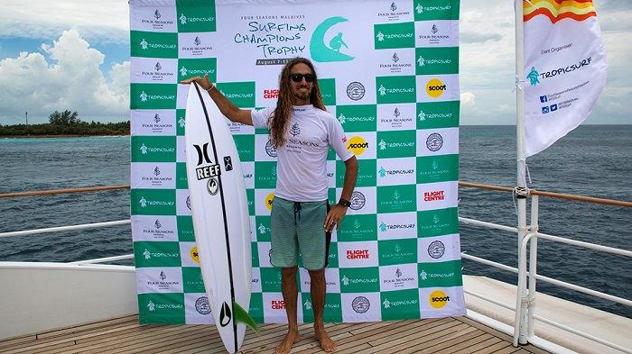 2017年チャンピオンズトロフィー@モルディブのシングルフィン優勝はロブ・マチャド