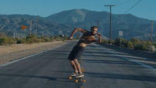人気高まるロングスケートボード!ダンシングスケートボーダー起用で拡散したMV