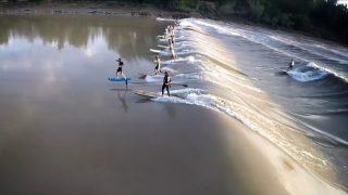 延々とブレイクする潮津波でハイドロフォイルボード!ライド距離は驚異の10キロオーバー