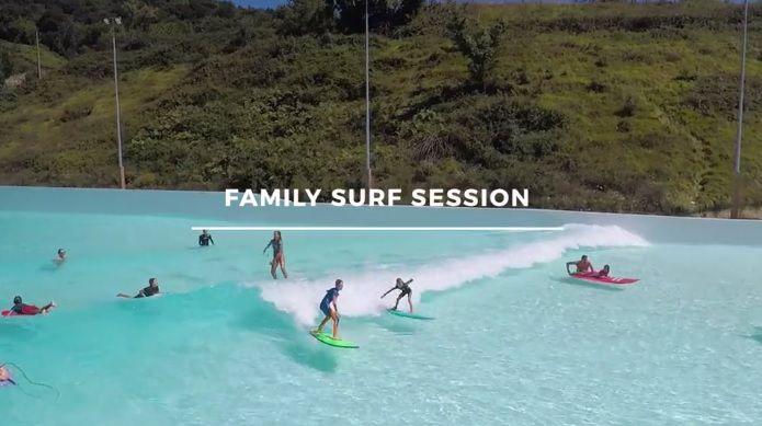 今後のサーフィン体験はウェイブプールが当たり前!?家族セッションから見る安全面