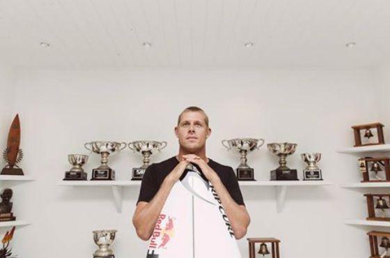 3×ワールドチャンピオンのミック・ファニングがベルズでの引退を発表