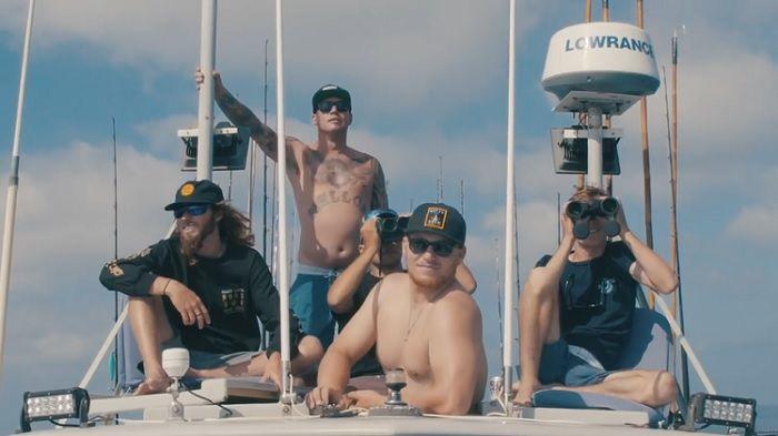 ホブグッド兄弟とマット・メオラがバハへ!フィッシングとサーフィン動画
