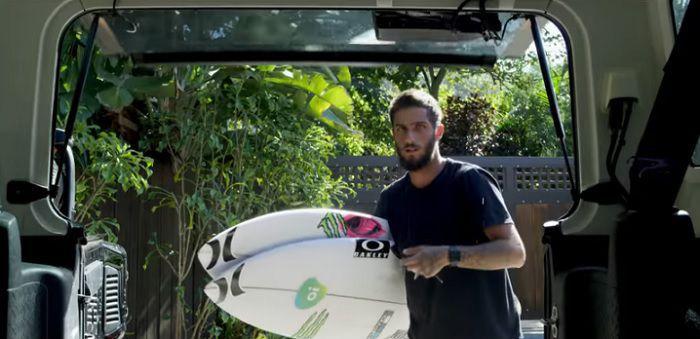 タイトルを逃したフィリペ・トレドのハワイでのフリーサーフィン動画