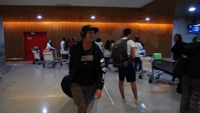インドネシア好きには熱いVlog!イーライ・オルソンのサーフトリップ動画