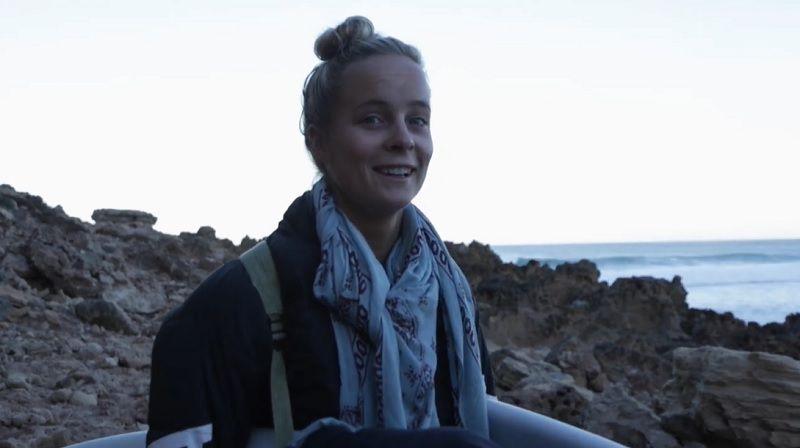 美人サーファーのイザベラ・ニコルス!スラブを求めて南オーストラリアへ