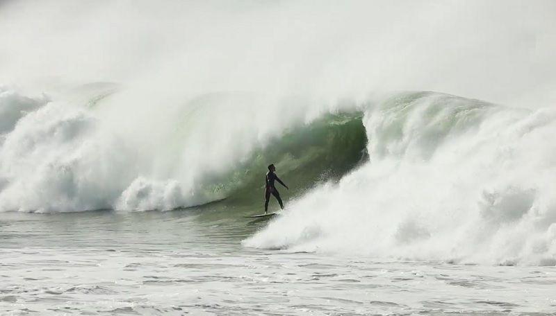 準優勝となったJベイでのイタロ・フェレイラのフリーサーフィン動画