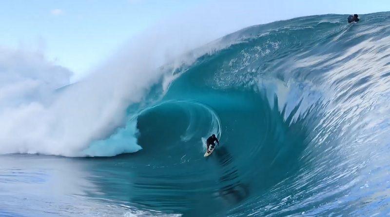 米サーファー誌が選ぶ2019年7月のベスト10サーフィン動画