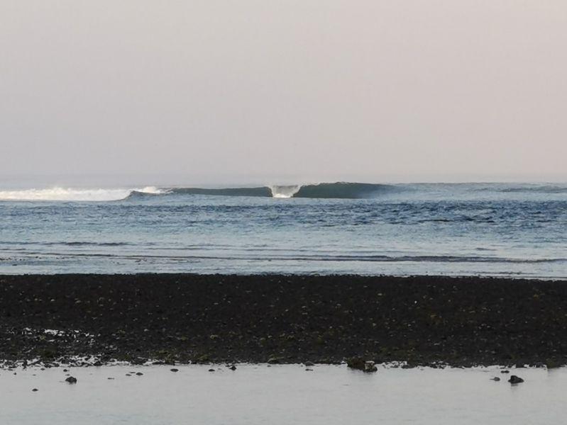 レイトシーズンとなるスンバワ島レイキー(インドネシア)の現地波情報