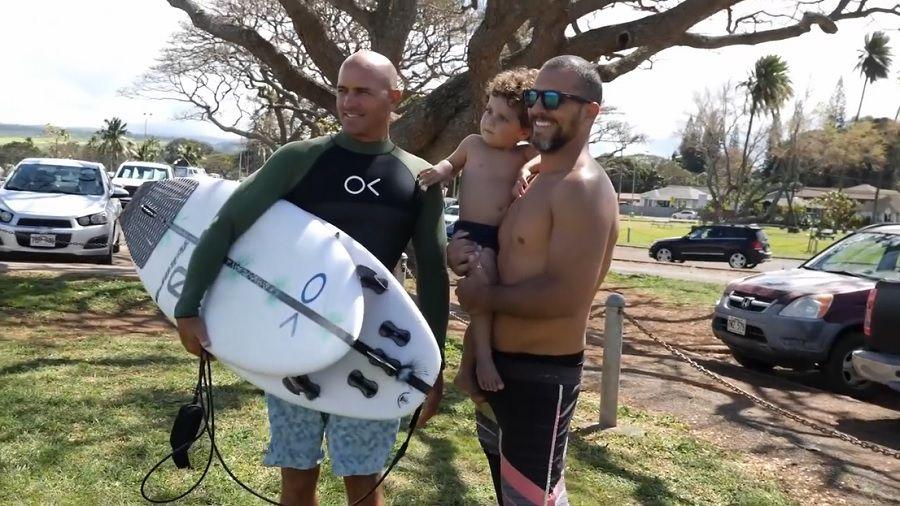 ハワイのケリー・スレーター!ボードテストや昨季ツアーのメンタルから抱負