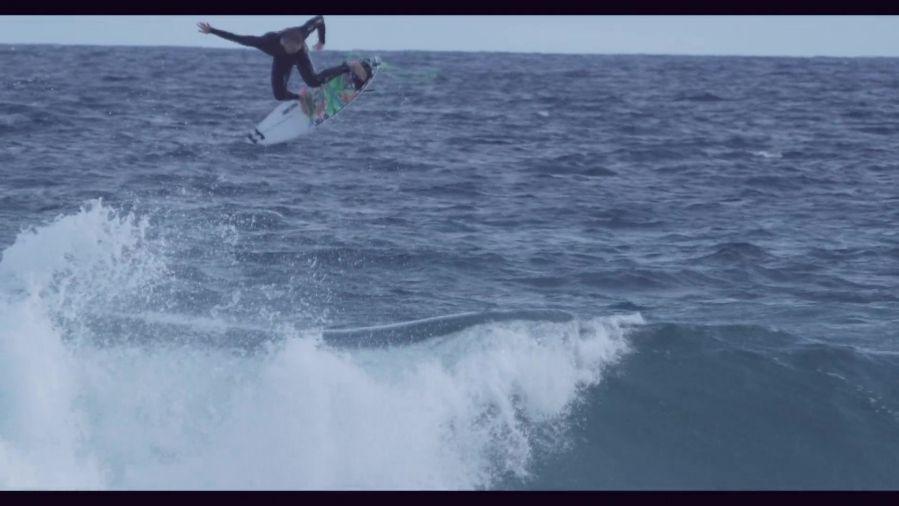 オーストラリアとバリ島!ライアン・カリナンのモダンフリーサーフ動画
