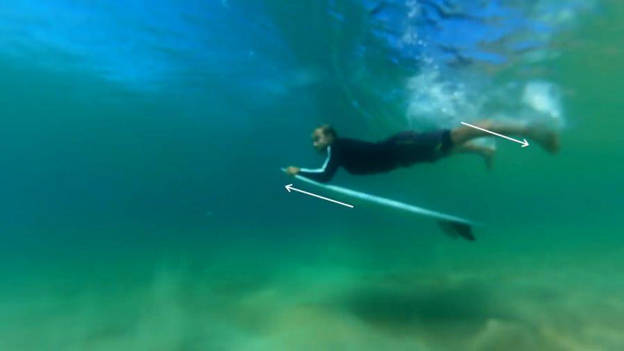 サイズのある波で効果的なダックダイブのコツ!初耳テクニック動画